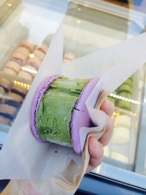 places to eat in seoul - ice cream - penguin macaron