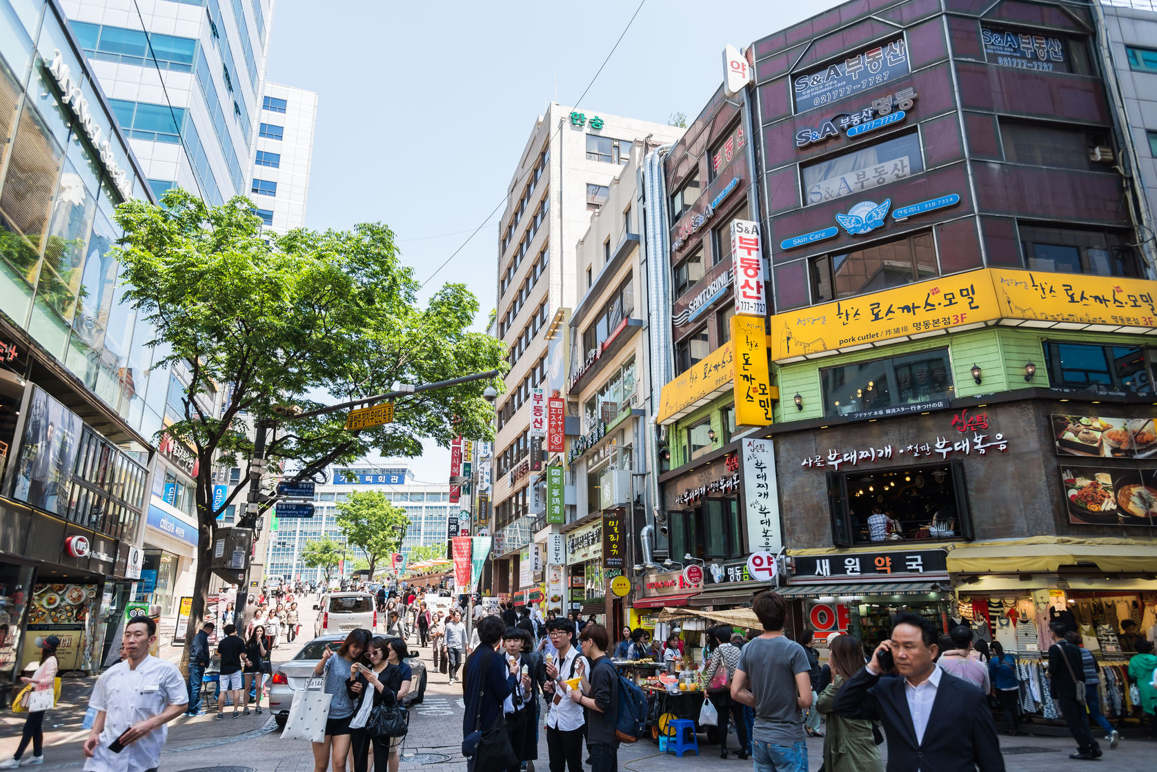 Myeongdong is one of Seoul's oldest downtown areas. It's famous for shopping for all styles and budgets, cosmetic stores galore and the most famous restaurants in Seoul.