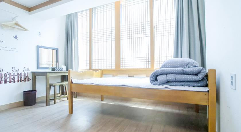 Hi Jun Guesthouse, Places to Stay in Seoul Hongdae